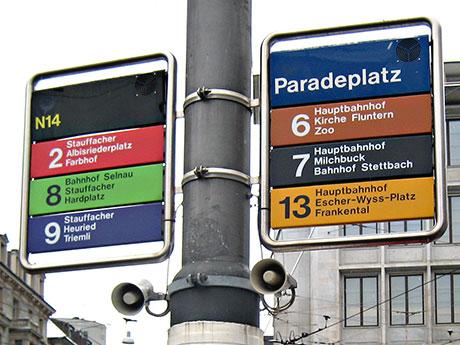 paradeplatz signage