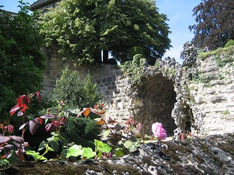 Beaune city wall