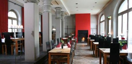 linde oberstrass dining room